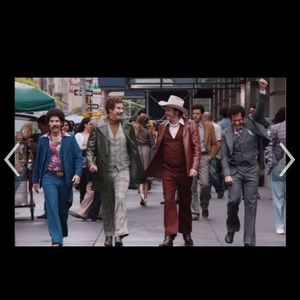 LOOKING For Mans 70's suit